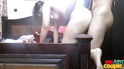 Indian amateur sonia bhabhi fucked in doggy style sex.flv
